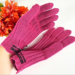 Moschino Chic Heart Charm Logo Pink Knit Gloves